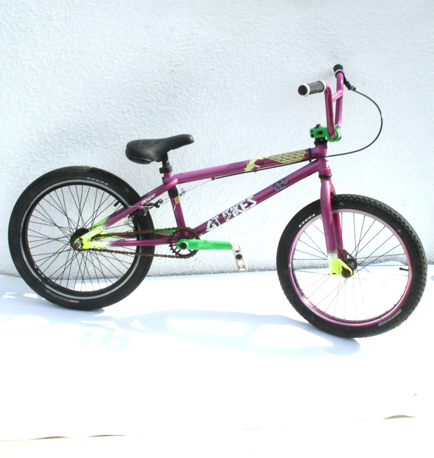 GT Bikes Fly BMX Bike Purple Green 20 5