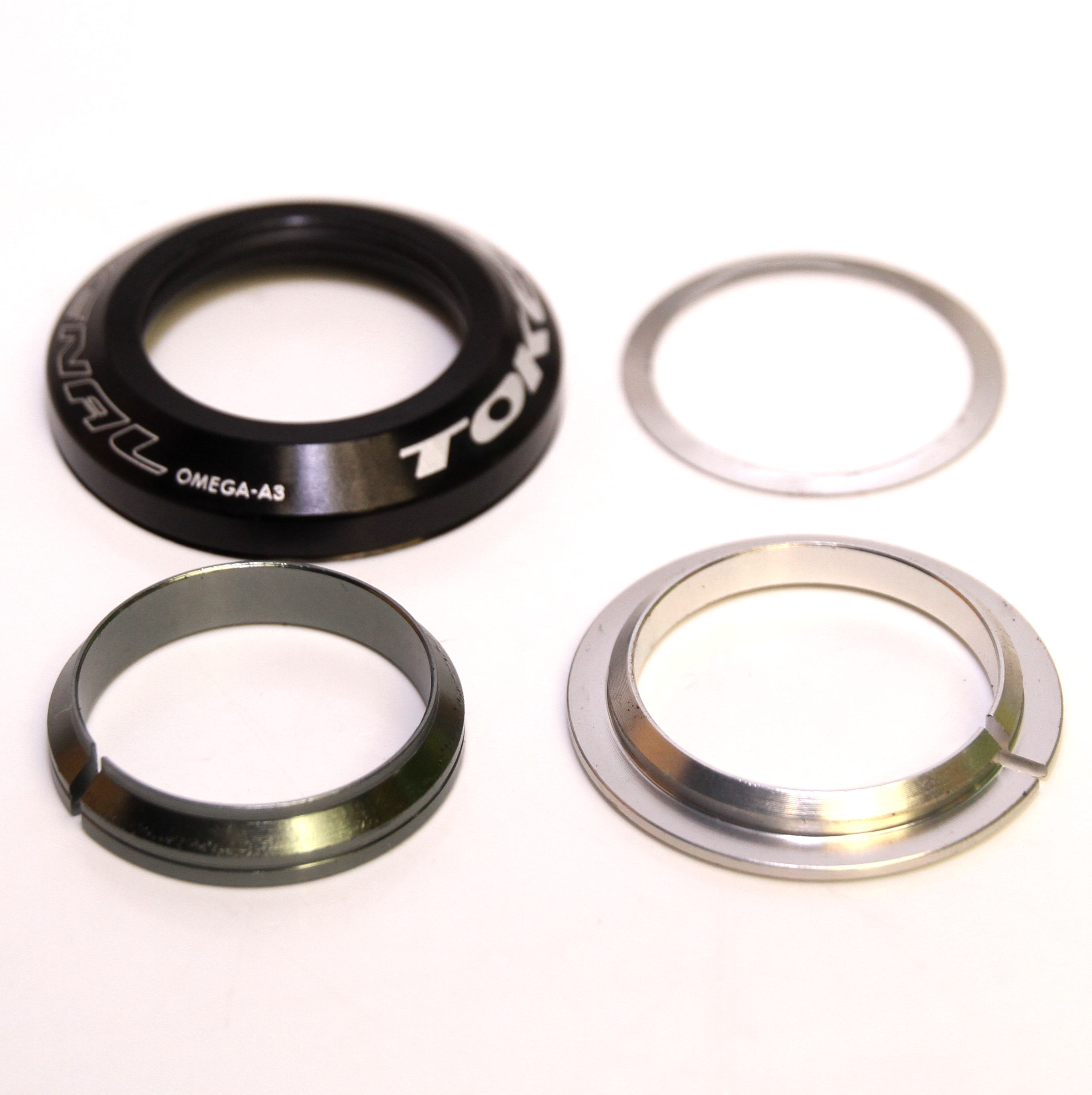 "Token Arsenal OMEGA-A3 1-1/8"" Alloy Integrated Headset Crown 45x45 and Top Seal Split Rings & Shims - Black"