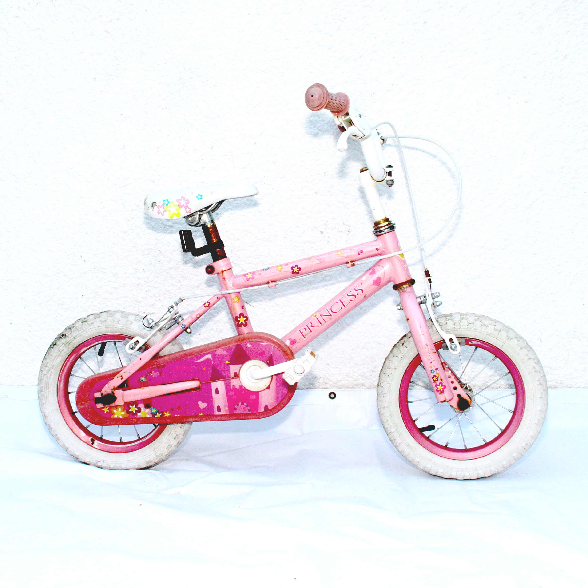 princess 12 kids girls bike get me fixed. Black Bedroom Furniture Sets. Home Design Ideas